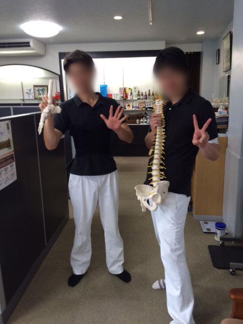 左側が浜松ゴットハンドの鈴木先生。右側が、豊橋ゴットハンドの小久保先生。