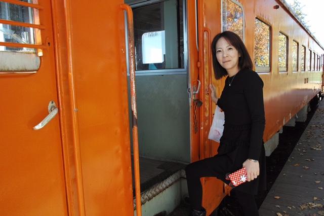 幸福駅の電車