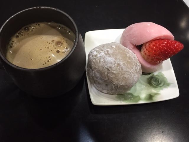 コーヒーと和菓子?