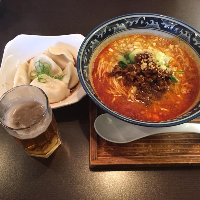 坦々麺と水餃子
