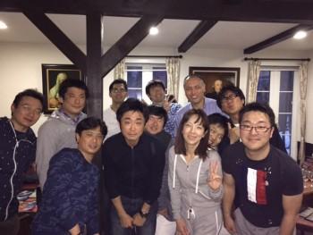 芝山さゆりさんと早田宏徳さんと記念撮影